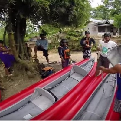 Kayaking Tarlac inflating the rafts