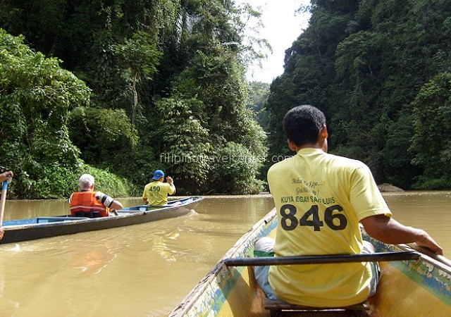 Pagsanjan Gorge paddling upstream