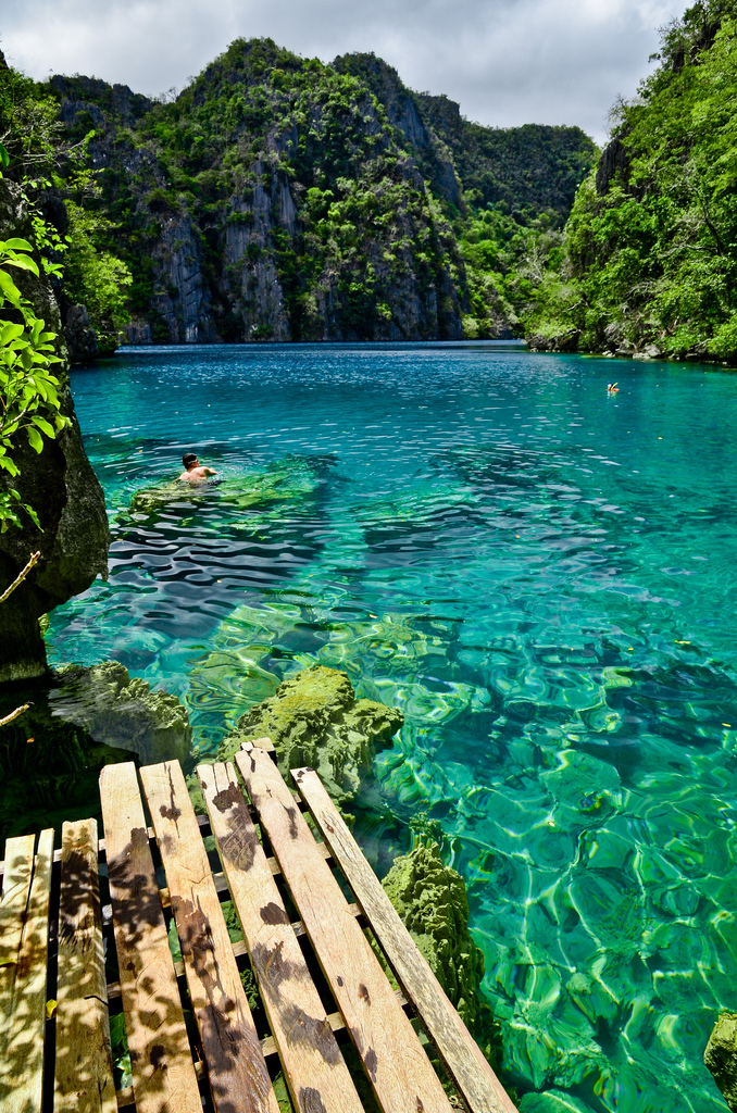 Kayangan-Lake-Coron-islands-Palawan-Philippines
