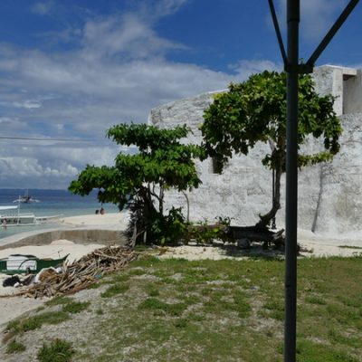 Pamilacan Island beach area
