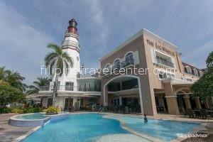 light house Marina with pool