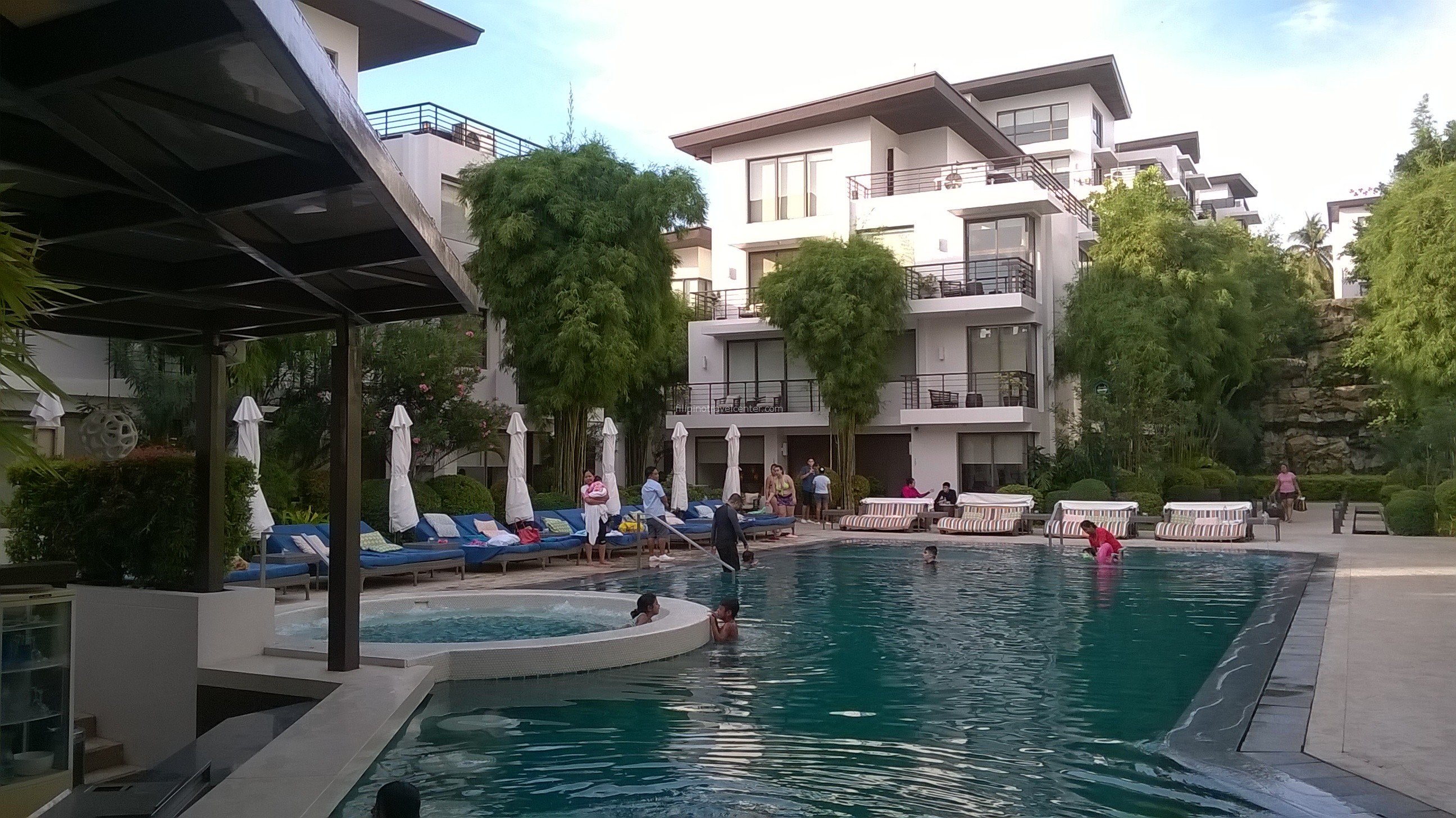 swimming pool Discovery Shores Boracay