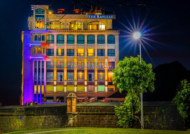 bay-leaf-hotel-facade