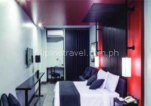 amelie-hotel-deluxe-room-e