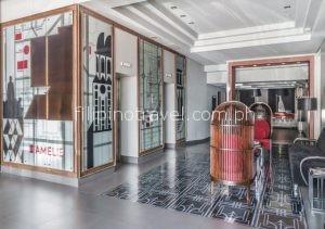 amelie-hotel-lobby-entrance
