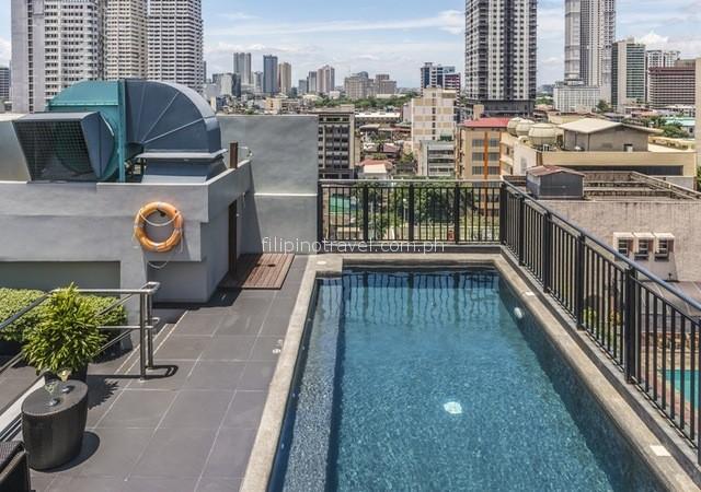 amelie-hotel-pool