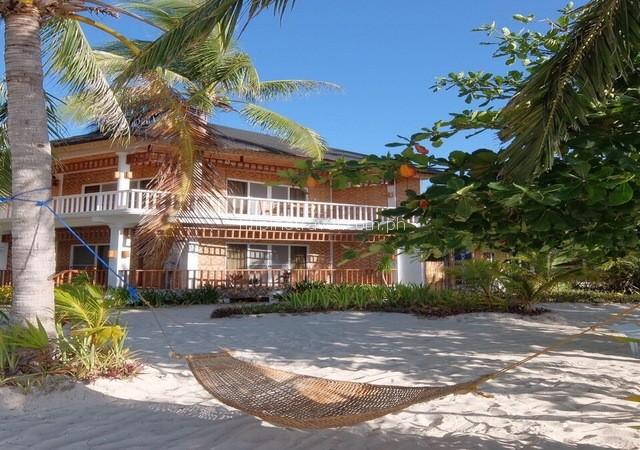 malapascua-cottage-facade