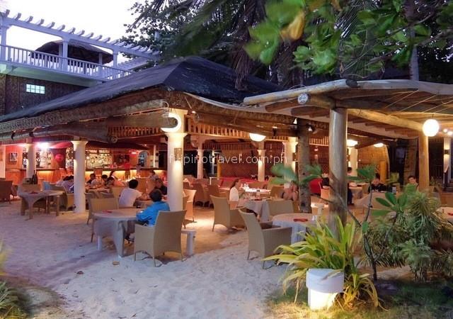 malapascua-dining-area