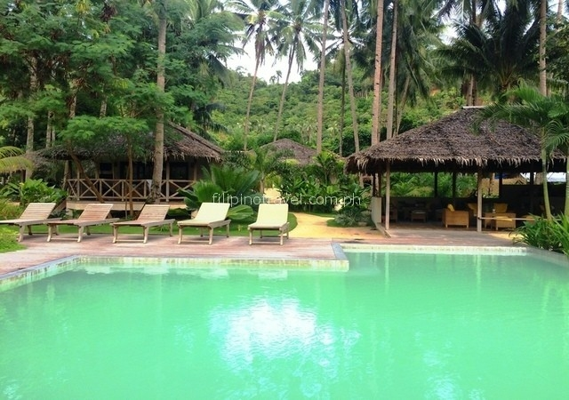 mahogany-resorts-pool