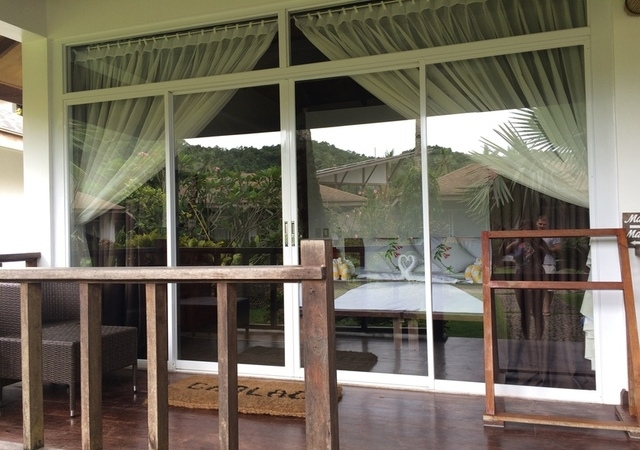 Cadlao Resort Bungalow front View