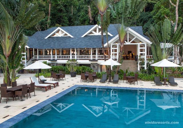 Lagen Swimming Pool