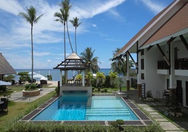Dive thru pool facade