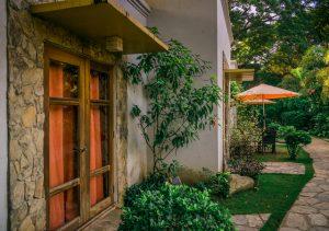 Acacia Tree Garden Hotel Palawana pathway