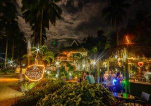 Daluyon Resorts Palawan Beach Bar