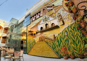 Hotel Luna Vigan paintings