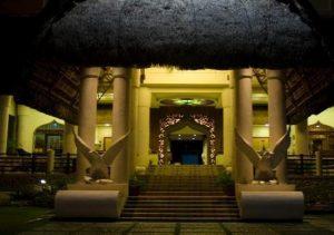 Java Hotel Laoag entrance
