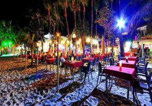 Red Coconut Boracay dining