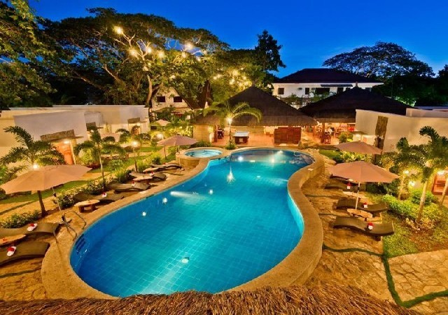 Acacia Tree Garden Hotel Palawan Pool area