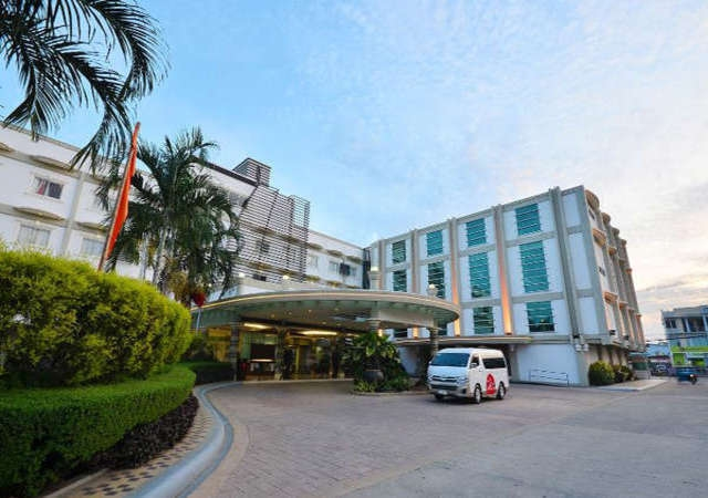 Hotel Centro Palawan Facade