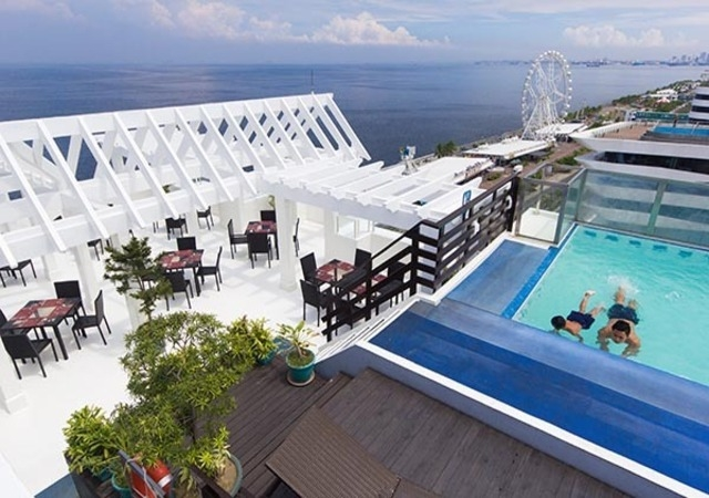 Microtel Mall of Asia Roofdeck
