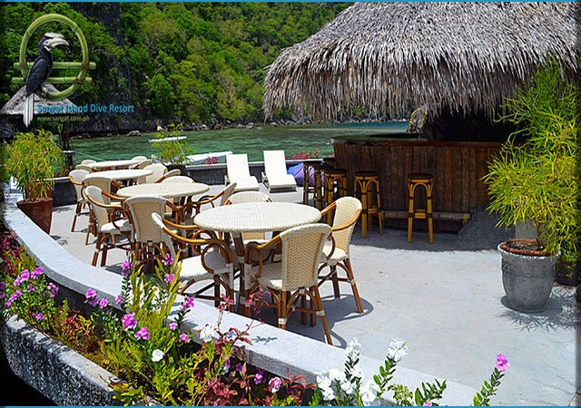 Sangat Island Rock bar Lounge