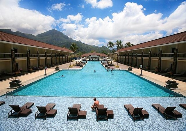 Sheridan Beach Resort Palawan Facade